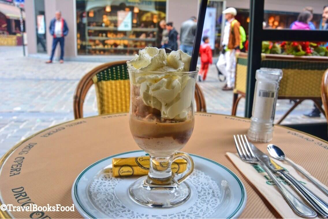 An icecream with alcohol and cream